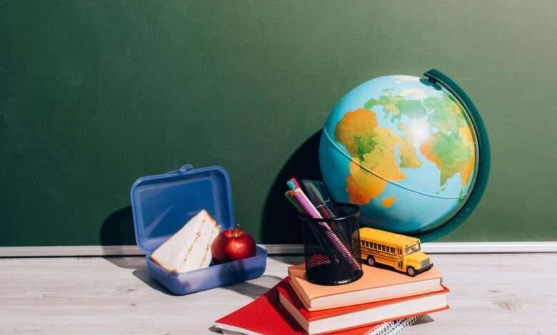 Как собрать ребенка в школу: список важных предметов