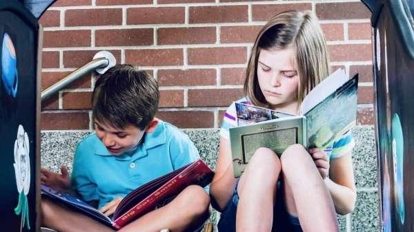jak zaohotiti ditinu chitati vlitku 5 cikavih metodiv osvita 7acfaff - Як заохотити дитину читати влітку: 5 цікавих методів - Освіта